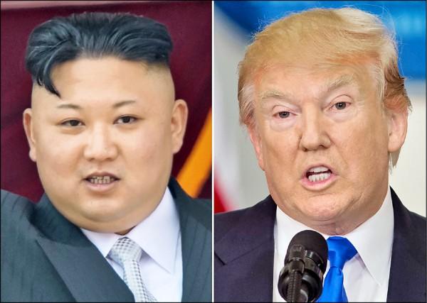 美國總統川普(右)十六日在「推特」發文,稱讚北韓領導人金正恩(左)暫緩飛彈攻擊關島的威脅,是「明智」決定。(法新社檔案照)