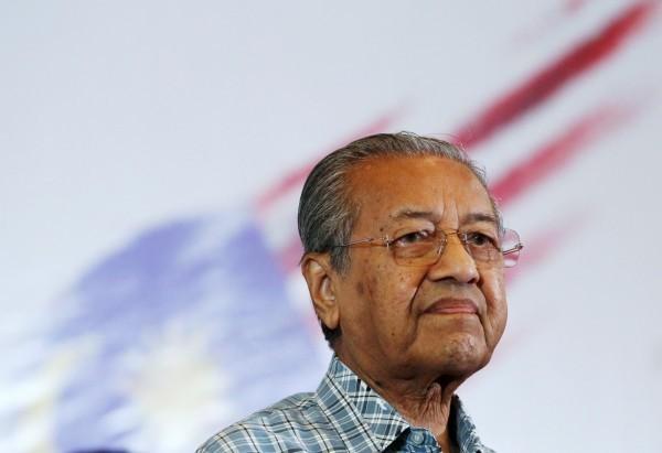 馬來西亞前總理馬哈地遭爆料曾偷運總值近新台幣5900億元的現鈔到台灣存放。(路透)