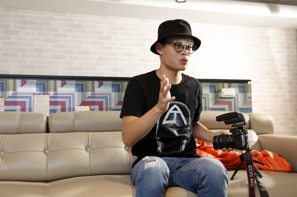 YouTuber為近年來快速竄紅的新興職業,其中「聖結石」為台灣少數破百萬訂閱的知名YouTuber之一。(記者陳宇睿攝)