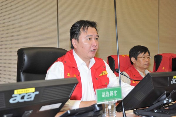 高市府防颱準備會議由副市長許立明主持。(高市府提供)