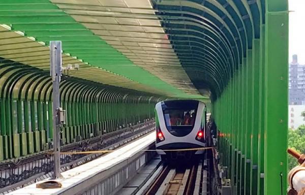台中捷運綠線電聯車首次上主線測試。(圖由台中市政府提供)