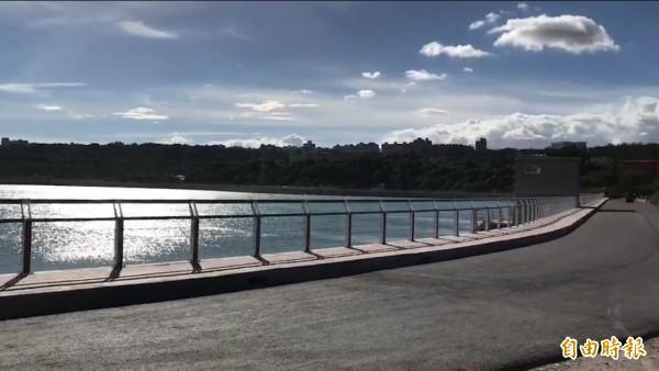天鴿颱風來襲確保不缺水,中庄調整池蓄水505萬噸備戰。(記者李容萍攝)