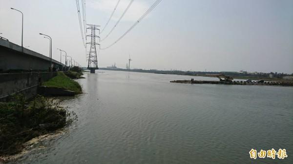天鴿來襲逢大潮,東南部、西半部沿海慎防海水倒灌。(資料照,記者劉曉欣攝)