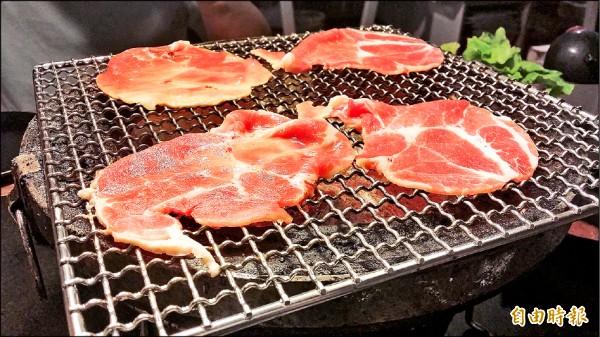 衛福部食藥署提醒,食用農畜肉製品時,應該徹底加熱。(記者林惠琴攝)
