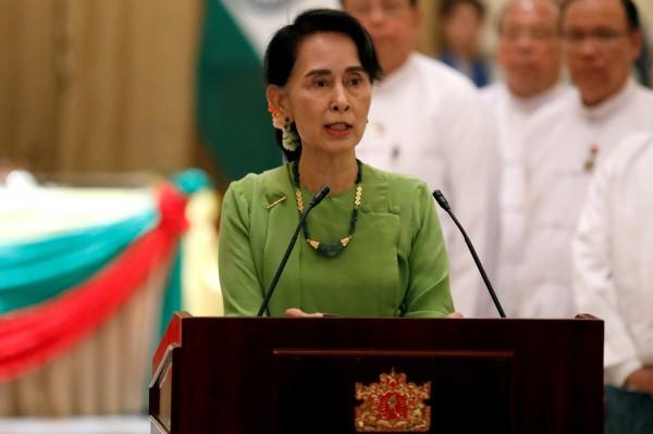 翁山蘇姬週四表示,「我們必須照顧我們的公民,我們必須照顧在我們國家的所有人,不管他們是否是緬甸的公民。」(路透)