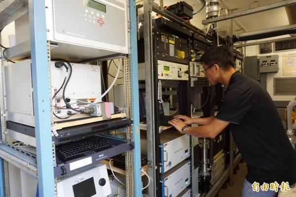 NASA空品監測站能即時量測、高解晰偵測空品變化。(記者蔡淑媛攝)