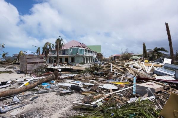 艾瑪颶風肆虐加勒比海,安提瓜及巴布達、聖馬丁等多處島嶼遭到重創。(法新社)