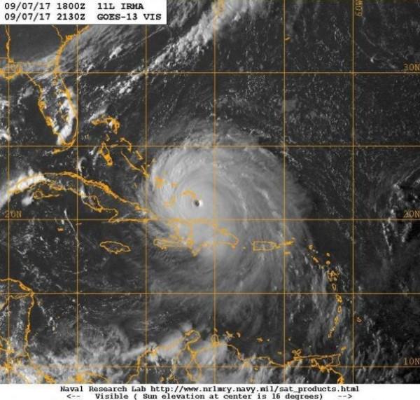 大西洋史上最強颶風艾瑪將於本週末襲擊美國佛州。(擷取自鄭明典臉書)