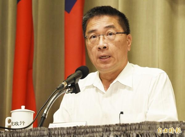 行政院發言人徐國勇表示,不反對大家坐下來談颱風假標準,希望各縣市協商過後能有更好的結果。(資料照,記者陳志曲攝)