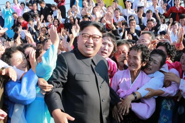 北韓領導人金正恩(圖中)。(法新社資料照)