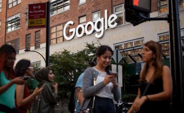 Google明(18)日將於印度推出全新行動支付服務「Tez」。(彭博)