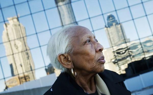 美國神偷阿嬤行竊60年,如今又恢復自由身。(美聯社)