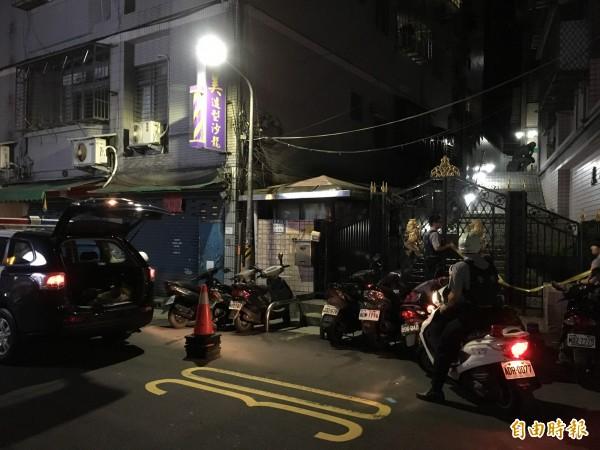 台北市吳興街晚間9時發生一起侄殺叔命案。(記者姚岳宏攝)