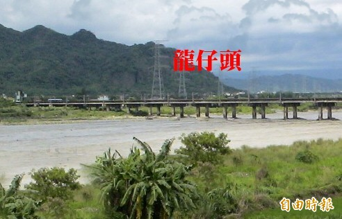 八卦山脈被認為是「台灣龍脈」,二水鄉位於龍頭,地方稱山脈末端為「龍仔頭」。(記者顏宏駿攝)