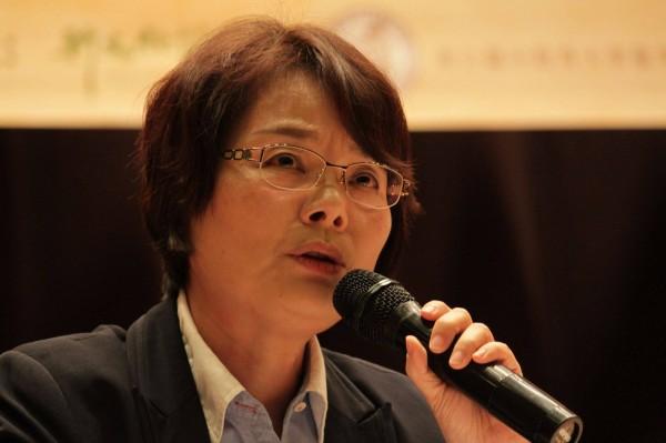 台灣史學者陳翠蓮表示:反對中國統戰進入校園!(圖擷取自臉書_陳翠蓮)