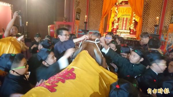 台南孔廟依古禮舉行秋祭大成至聖先師孔子釋奠典禮。(記者劉婉君攝)