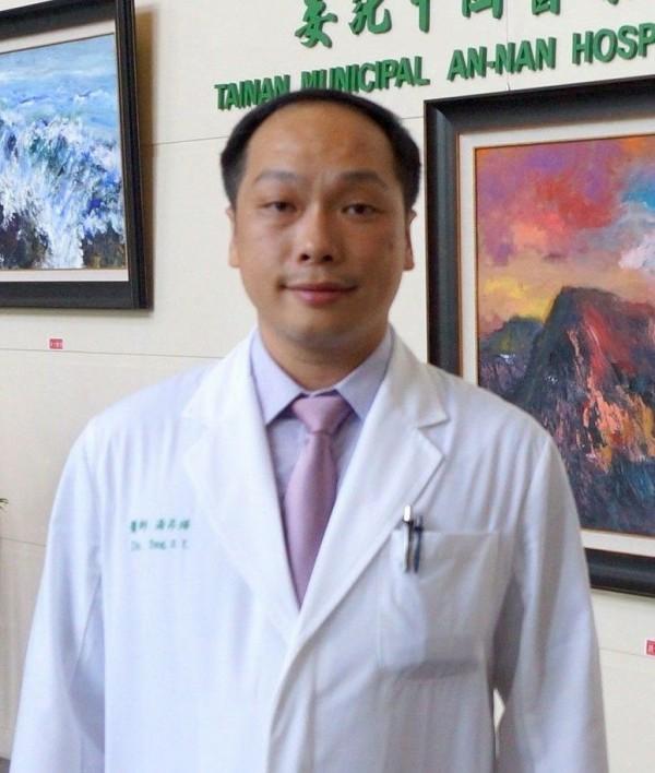 台南市立安南醫院胃腸肝膽科主治醫師湯昇曄。(記者王俊忠翻攝)