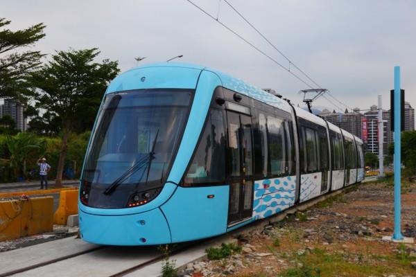 北台灣第一個輕軌系統「淡海輕軌」,目前工程進度超過66%。(新北市捷運局提供)