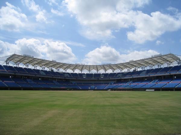 五月天將在桃園國際棒球場舉辦演唱會,租金由Lamigo收取,議員則質疑OT合約根本 不合理。(桃園市體育局提供)