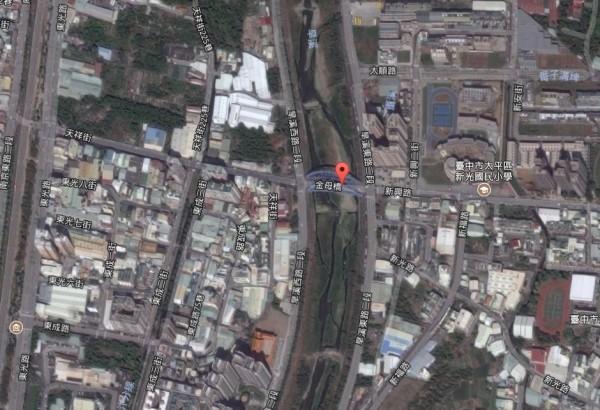 台中市太平區旱溪金母橋附近發現一具浮屍,警方調查發現是附近住戶。(圖擷自Google地圖)