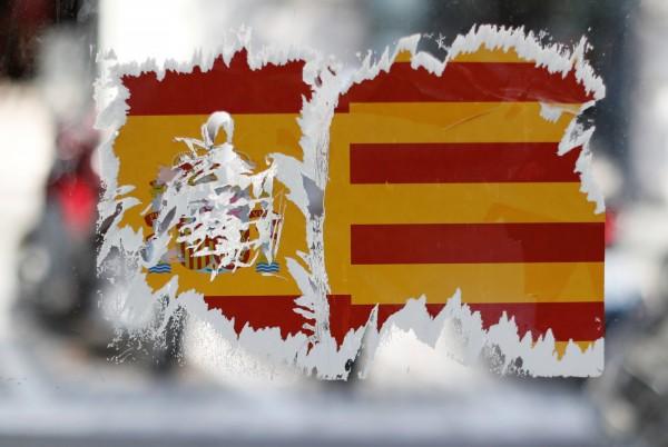西班牙加泰隆尼亞自治區將召開自治政府內閣會議,確認獨立公投結果,最快在台灣時間今晚宣布獨立。(路透)