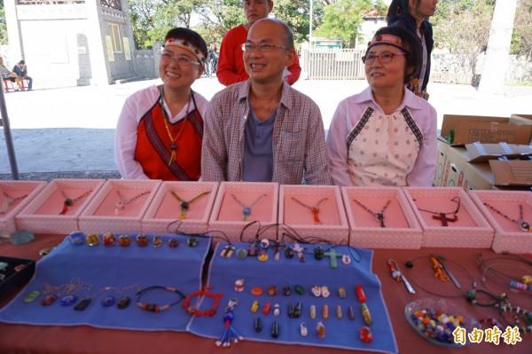 台中市原住民族傳統文化活動,現場將有原住民手工藝品等展售。(記者歐素美攝)
