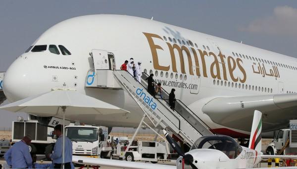 台灣一名7歲女童搭乘阿聯酋航空EK49班機,從杜拜飛往德國慕尼黑途中,在飛機上發燒,飛機緊急迫降科威特,但最終仍不幸過世。圖為示意圖,非當事班機。(歐新社資料照)