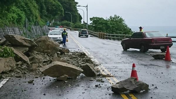 台9線蘇花公路南下164.2k、169.9k及170k等路段坍方,阻斷雙向交通。示意圖。(翻攝資料照)