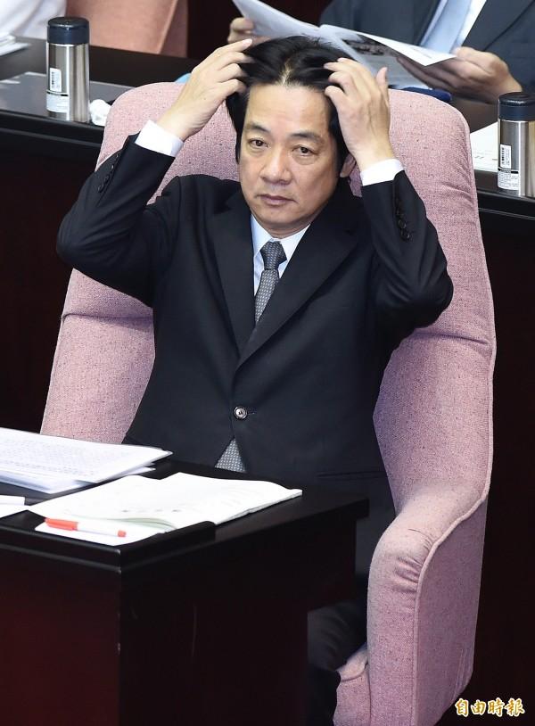 行政院長賴清德20日在立法院總質詢時,回應陳明文質詢。(記者廖振輝攝)