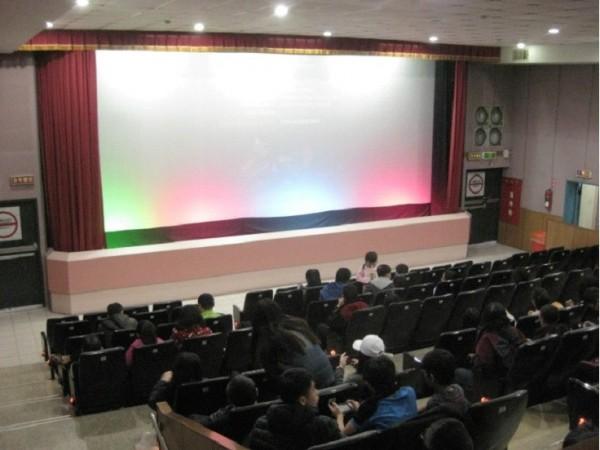 重新裝修後的新榮戲院放映廳。(郭盈良提供)