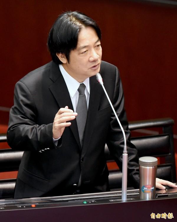 行政院長賴清德今在立院院會列席備詢,對2025年非核家園有信心。(記者朱沛雄攝)