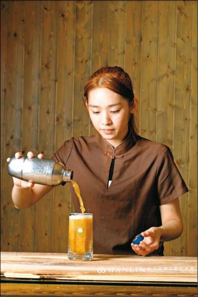 珍珠奶茶發展至今,經過各業者的傳承與創意,使其歷久彌新。(圖片提供/翰林國際茶餐飲集團)