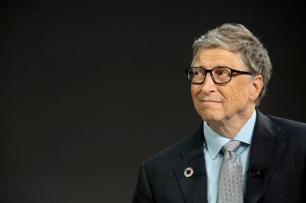 IPS的報告指出,比爾蓋茲(圖)、貝佐斯和巴菲特坐擁2485億美元的財富。(法新社)