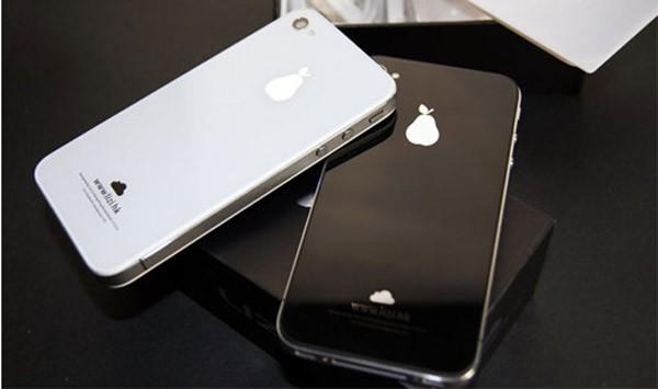 山寨版的蘋果手機,蘋果被梨子取代。(圖擷取自GO SOCIAL)