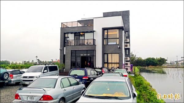 善心企業家將三星鄉一處農舍無償提供給宜蘭縣自由車運動協會使用。(記者張議晨攝)