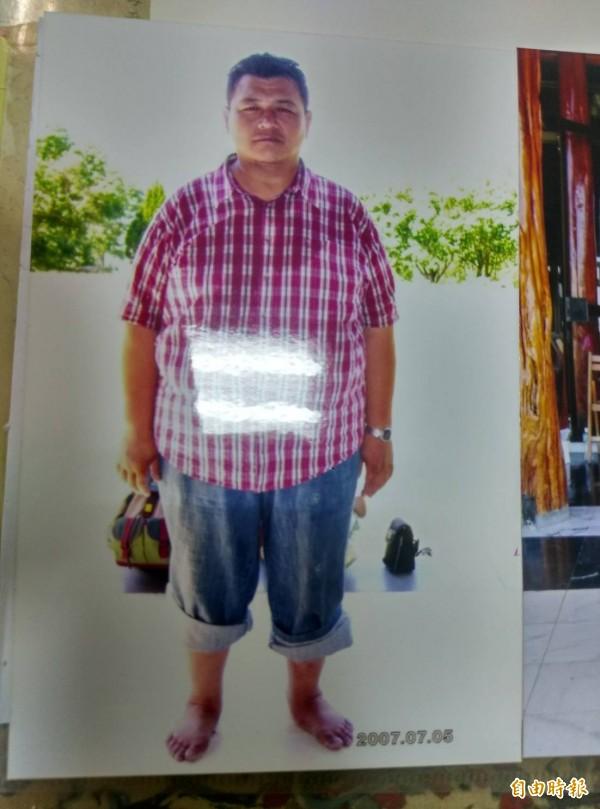 高市張姓貨車司機,婚後胖到150幾公斤。(記者黃佳琳攝)