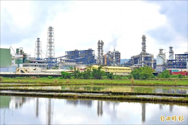 宜蘭明年起對縣內利澤和龍德工業區閒置土地開徵空地稅。(記者張議晨攝)