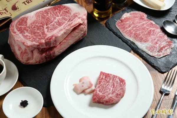 日本和牛油花分布均勻且品質極高,因此它的口感吃來比一般肉品更加軟嫩。(記者沈昱嘉攝)