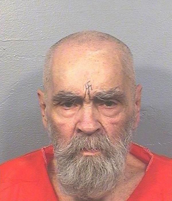 美國83歲殺人魔曼森(Charles Manson),於今日病逝於醫院。(美聯社)