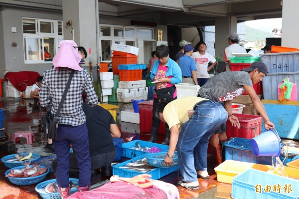 宜蘭縣政府明年擬擴大微型保險服務範圍,農漁民也是納保對象。(記者林敬倫攝)