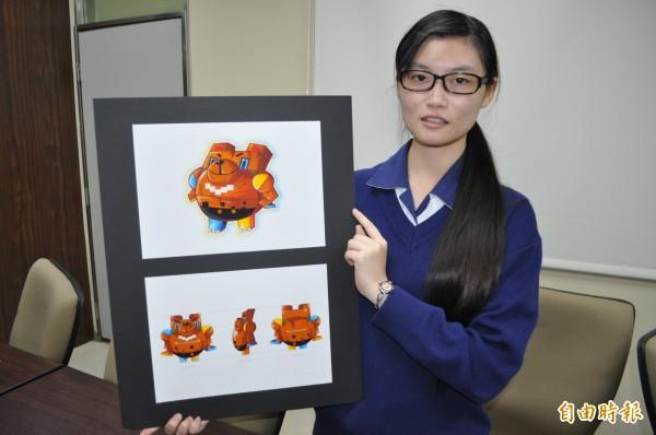 育達高中學生徐卉玟參加全國商業類學生技藝競賽贏得「電腦繪圖」金手獎全國第一名。(記者周敏鴻攝)