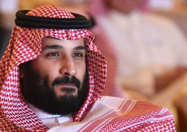 美國《時代》(TIME)雜誌每年都會選出年度風雲人物,2017年由讀者票選榜由沙烏地阿拉伯王儲穆罕默德.沙爾曼(Mohammed bin Salman)稱霸。(法新社)