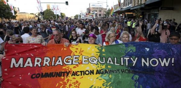 澳洲憲法法庭4日裁定,同性婚姻將在2019年1月正式合法化。(資料圖,美聯社)