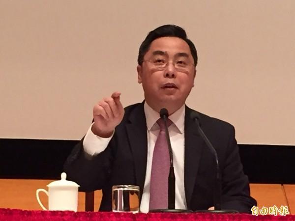 中國駐美公使李克新今天說,美軍艦駛進高雄港之日,就是解放軍武力統一台灣之時。(記者曹郁芬攝)