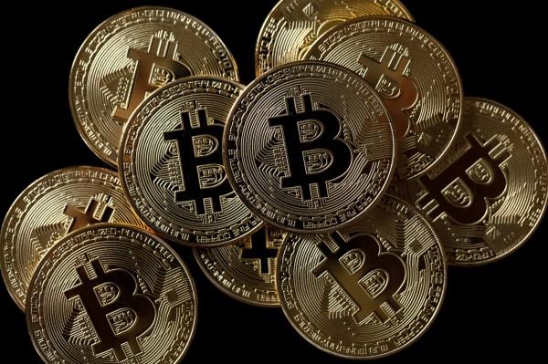 南韓擬全面禁止比特幣交易。(路透)