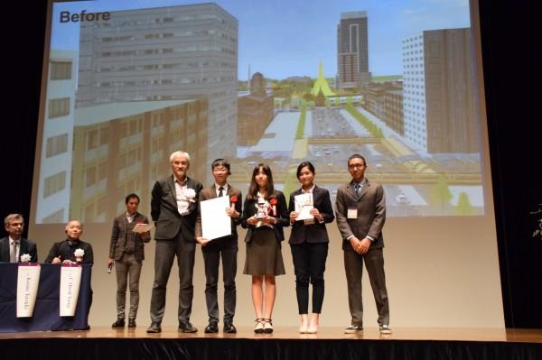 全球城市虛擬實境設計大賽高雄大學創佳績。(記者蔡清華翻攝)