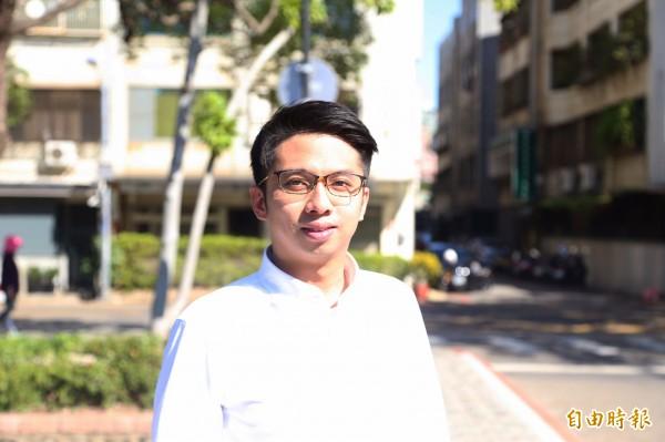 新竹市長林智堅市長辦公室主任由29歲的劉康彥接任,成為最年輕的市長辦公室主任。(記者洪美秀攝)