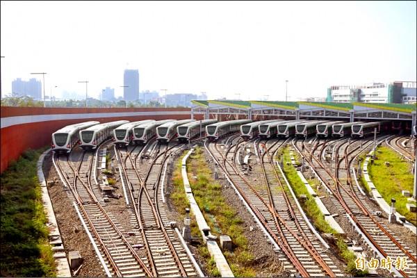 台中捷運綠線電聯車已於11月底前全數交車。(記者廖耀東攝)