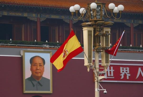 我國人在西班牙涉及電信詐騙犯罪一案,15日西班牙國家法院同意中國政府要求,將121名台灣籍詐騙犯引渡到中國。(路透資料照)