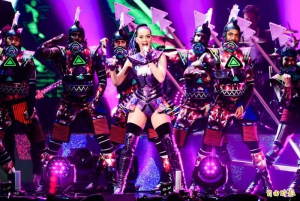 知名音樂公司環球音樂集團(Universal Music Group)與臉書聯合宣布,雙方達成一項多年期合作協議。圖為環球旗下知名歌手凱蒂佩芮。(資料照,記者王文麟攝)